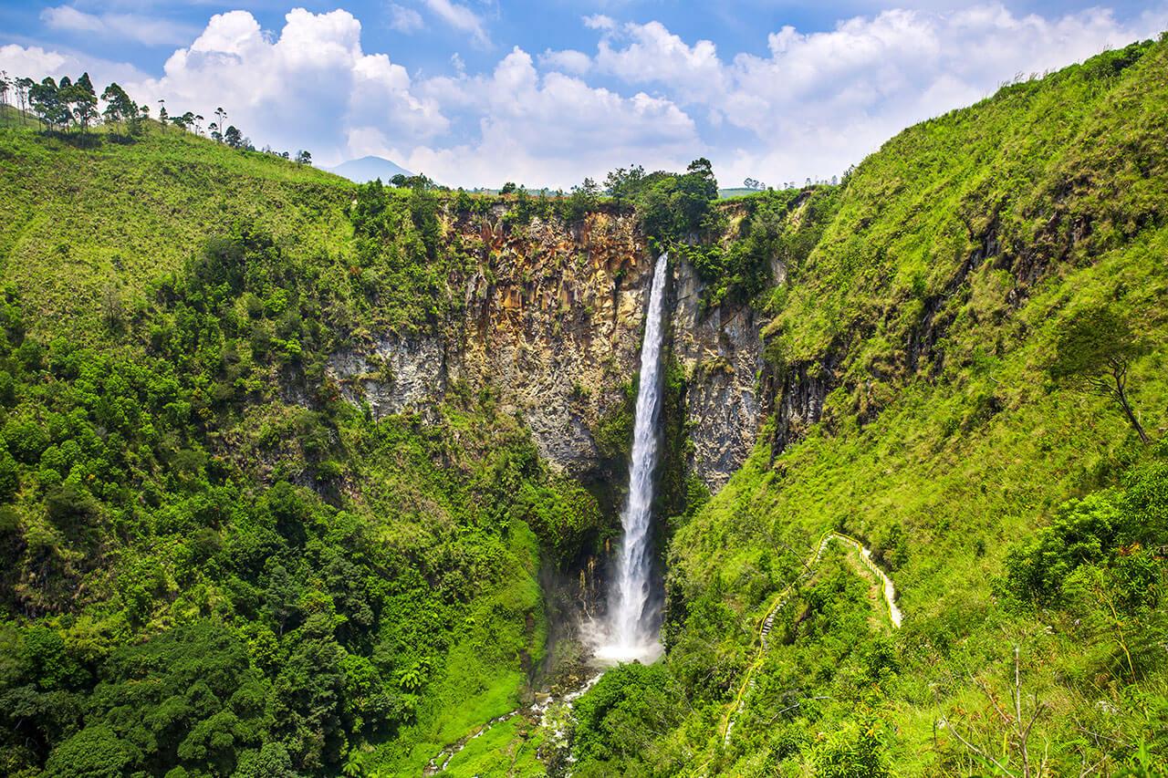 Top Reasons To Visit Sumatra Before You Die Gapforce Blog - 10 waterfalls to see before you die