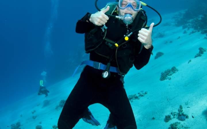 Meeresschutzprojekt & Tauchausbildung auf Fiji - Gap Year Program